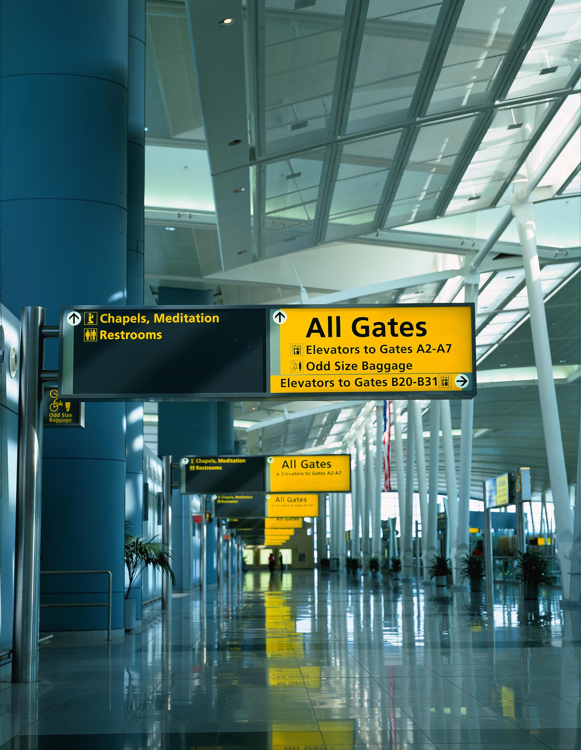 Project image 2 for JFK Terminal 4 Signage, Port Authority of NY & NJ