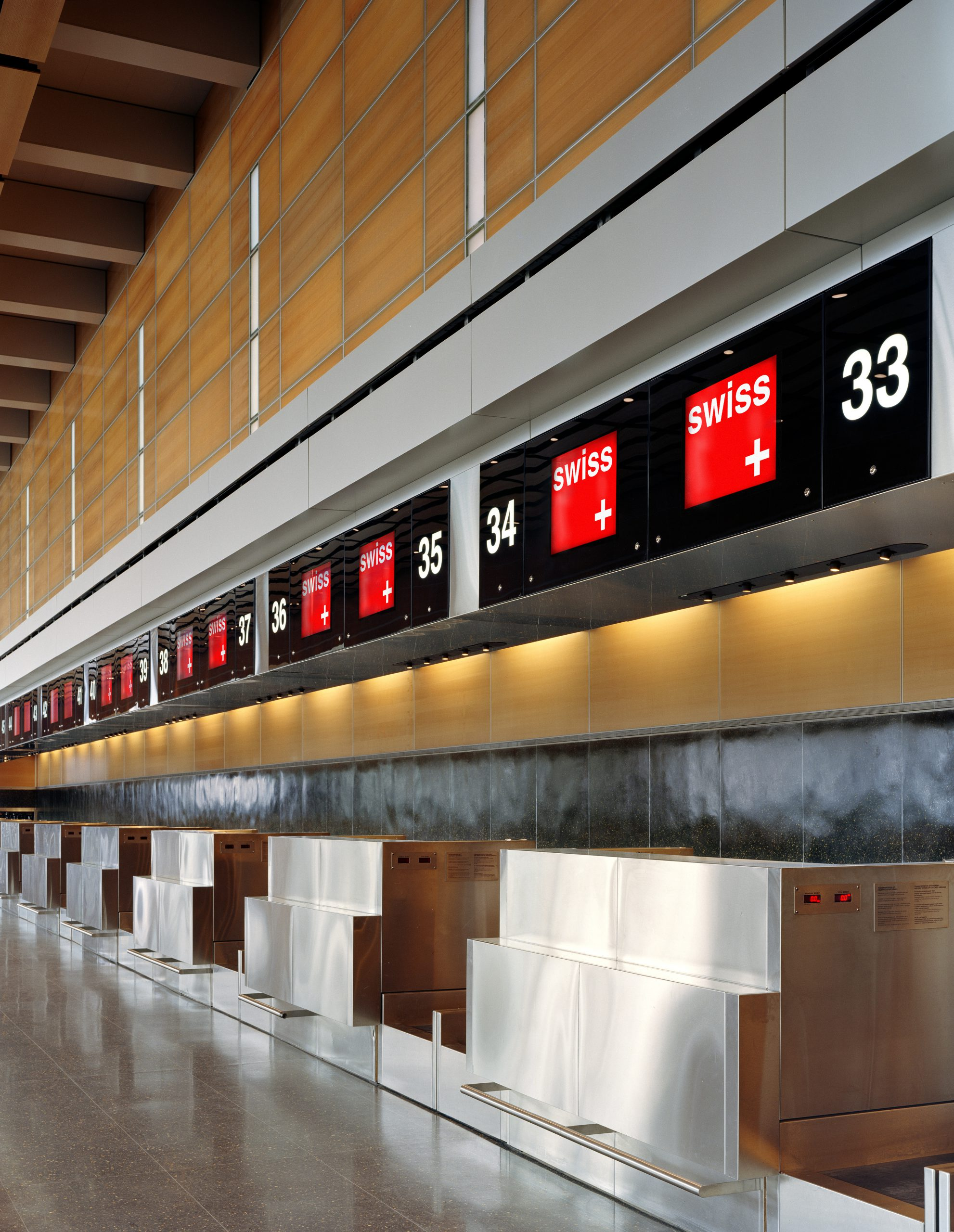 Project image 1 for Terminal E Signage, Logan International Airport