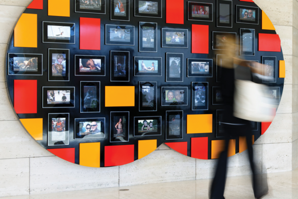 MasterCard Project Spirit - Priceless Faces Wall
