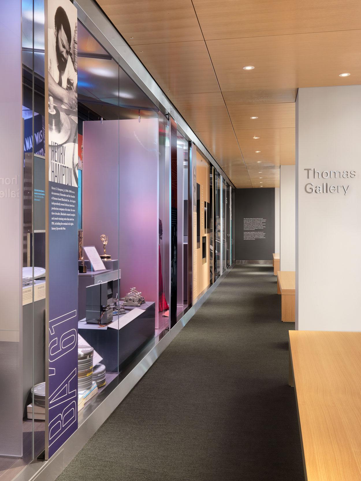 Exhibit Design for University Library