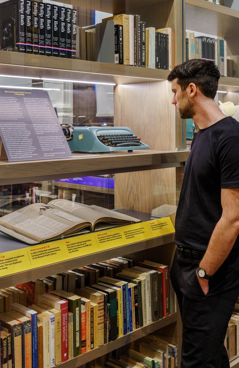 Exhibit design Philip Roth Personal Library
